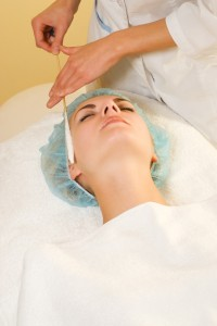 Facial cryogenic massage